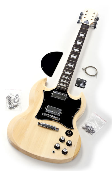 HARLEY BENTON ELECTRIC GUITAR KIT SG-STYLE - Prix, Achat, Annonce